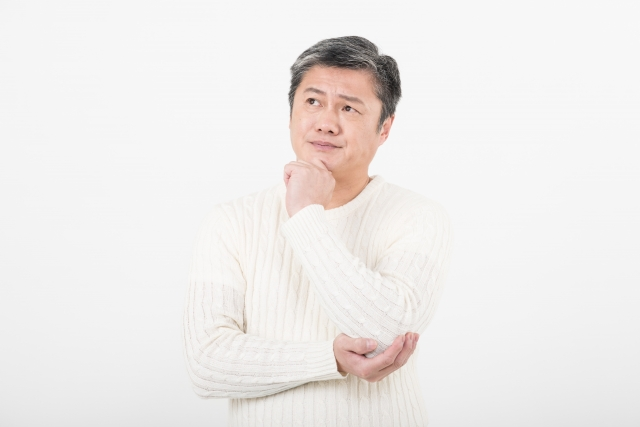 後継ぎ遺贈型受益者連続信託について考える男性
